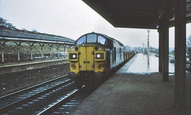 A Train on Durham North Station = www.geograph.org.uk