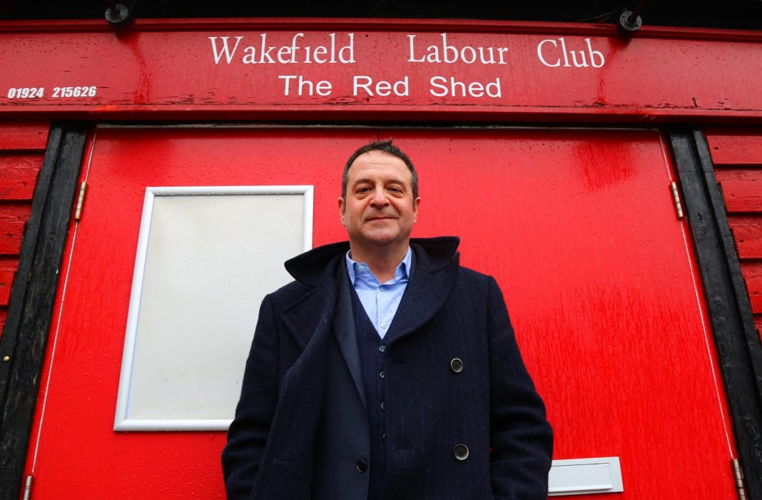 Mark Thomas to Bring 'The Red Shed' to Durham