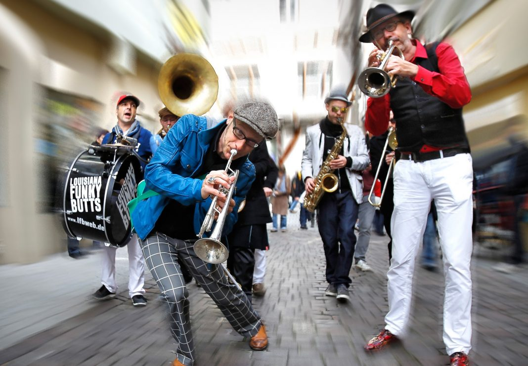 Brass launch 3 Louisana Funky Butts