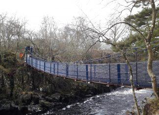 Wynch Bridge reopens 1
