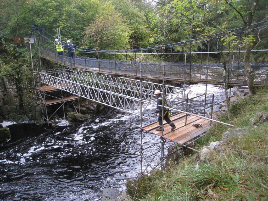 Wynch bridge works