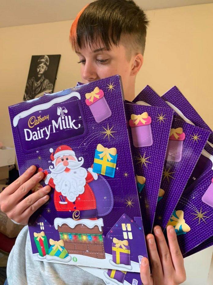 DurhamWorks Volunteers Spreading Festive Cheers This Christmas