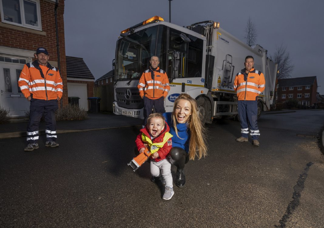 Bin Crew Spread Christmas Cheer With A Special Delivery On Collection Route